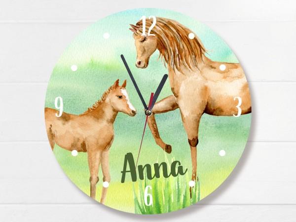 Wanduhr mit Pferden und Namen personalisiert für Mädchen Kinderzimmer