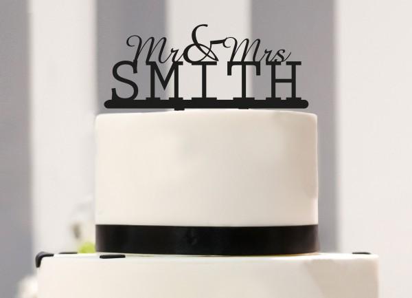 Nachname auf Caketopper Mr. & Mrs. personalisiert