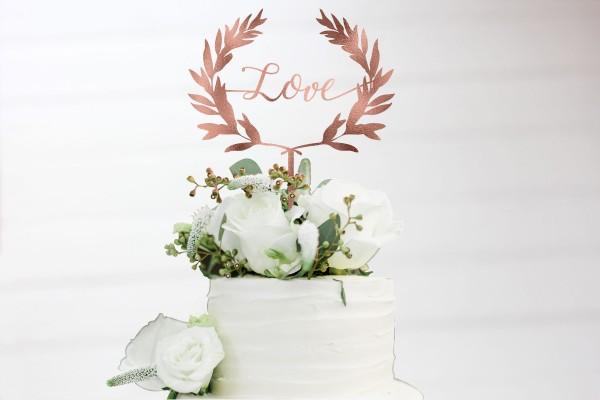 Cake Topper Love Olivenkranz Blätterkranz in Wunschfarbe