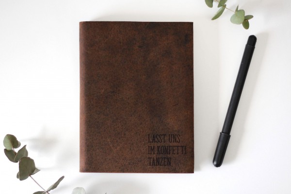 Konfetti Lederbuch Gravur