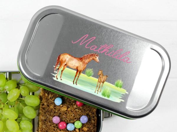 Lunchbox mit Pferd und Fohlen, personalisiert