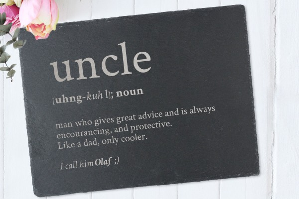 Tischset mit Namen Definition Uncle aus Schiefer