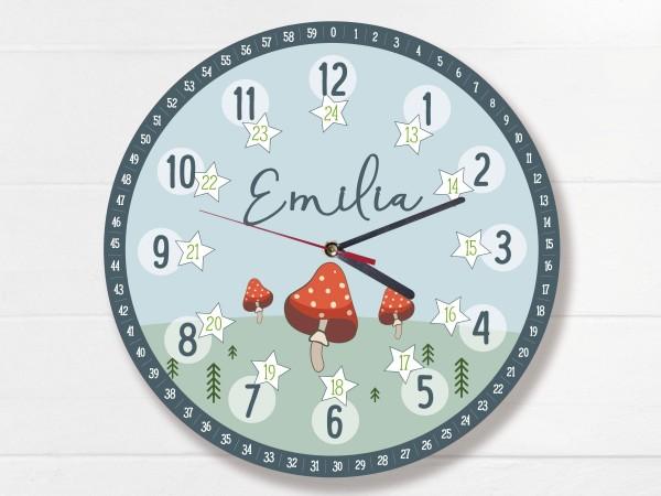 Kinder-Lernuhr mit 12/24 Stunden und Minuten mit Motiv Fliegenpilz und Namen personalisiert