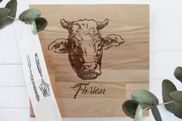 Schneidebrett Grillbrett für Grillfans mit Namen und Rinderkopf Kuh