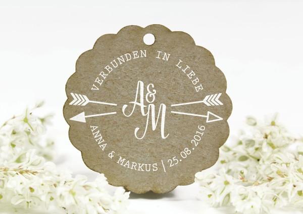 Stempel mit Liebespfeil zur Hochzeit