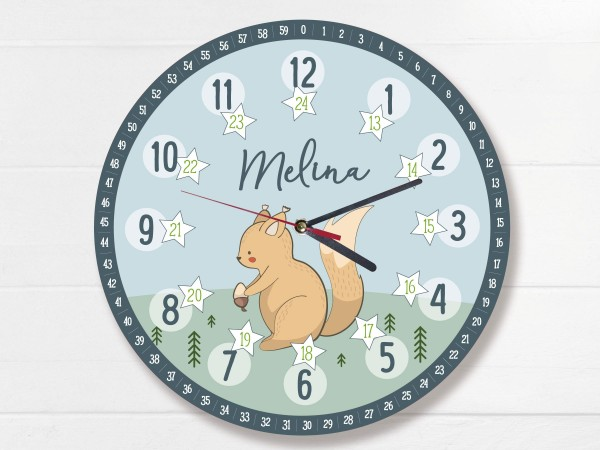 Kinder-Lernuhr mit 12/24 Stunden und Minuten mit Motiv Eichhörnchen und Namen personalisiert