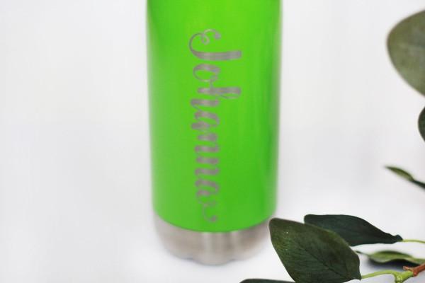 Trinkflasche Edelstahl mit Namen vakuumisoliert für heiß und kalt