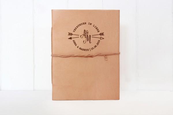 Leder-Notizbuch mit Wunschgravur Liebespfeile