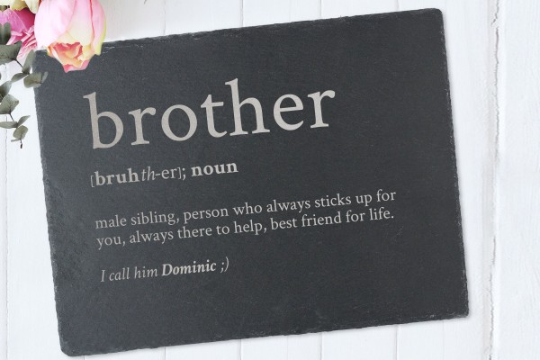 Tischset mit Namen Definition Brother aus Schiefer