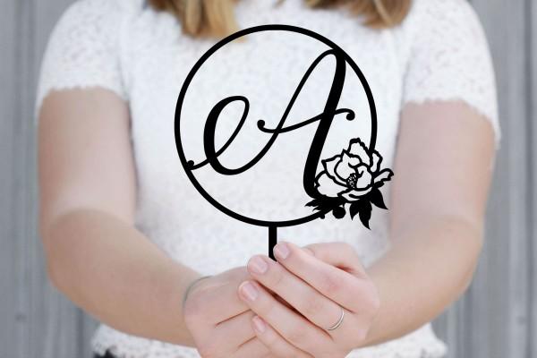 Cake Topper Buchstabe Lettering mit Rose personalisiert