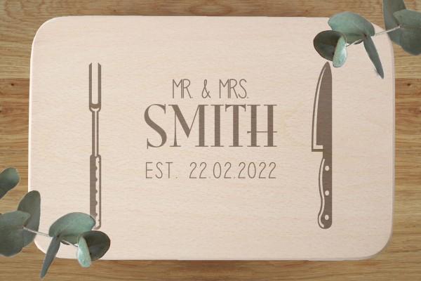Hochzeitsgeschenk Schneidebrett mit Namen vom Brautpaar