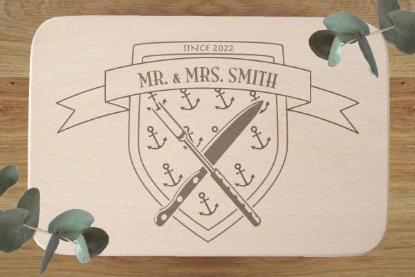 Brettchen Brautpaar Geschenk mit Namen und Wappen Anker