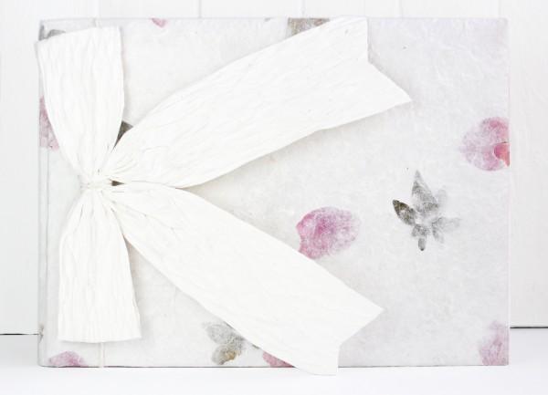 Gästebuch Handgeschöpft mit Blüten quer