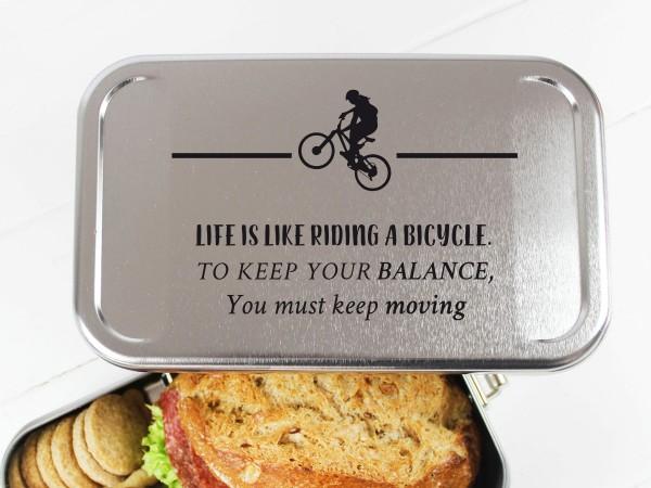 Nachhaltige Brotdose mit Name auf Lunchbox für Biker MTB keep your Balance